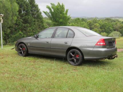 2003 Vy Commodore with RWC-and 6 mths rego in exceptional cond.