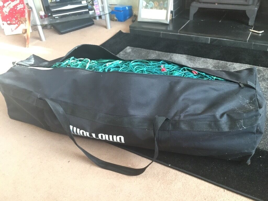 FOOTBALL GOAL FOR SALE, 9 A SIDE SIZEin Birstall, LeicestershireGumtree - Selling our 9 aside football goal as not enough space in the garden for it,excellent condition,comes with everything included and a carry bag,drop off available if local or pick up £30