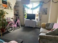 3 BED FLAT TO RENT IN ELEPHANT AND CASTLE