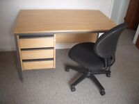 Desk with adjustable office chair *FREE DELIVERY CV POSTCODE*