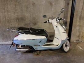 Peugeot Django 125cc scooter