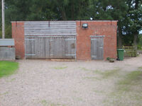 WORKSHOP/STORAGE UNIT 7 METRES X 6 METRES ONLY 5 MINS FROM NEC JUNCTION 6 M42.