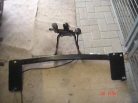 TOW BAR FROM 1999 VAUXHALL VECTRA SALOON