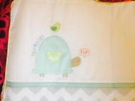 BNWT baby cot bumper