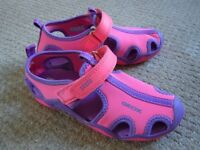 Geox sandals/water shoes - size 11.5/30