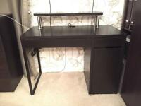 Excellent desk with top shelf
