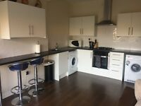 2 newly refurbished double rooms all bills included
