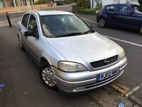 Quick sale Vauxhall Astra 1.6 2002 needs new battery will start with jump start