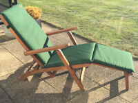 Chichester FSC Eucalyptus Wood Outdoor Steamer Chair with Weather-Tex Cushion - Excellent Condition