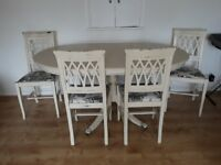 Antique Dinning table with 4 chairs