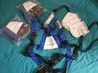 x3 harness with shock absober
