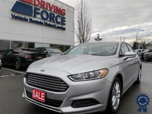 2016 Ford Fusion SE 5 Passenger w/Bluetooth, Rear Parking Aid