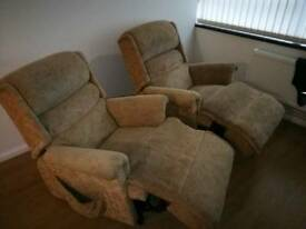 2 Reclining chairs