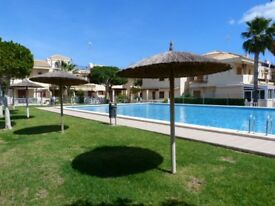 Spain holiday. Wifi. English TV. Three bedrooms. Sea within walking distance.