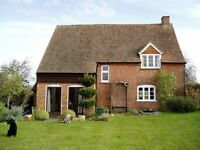 Delightful annex in Sulhamstead. suit buisness person, young couple