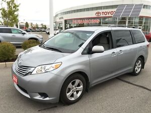 2016 Toyota Sienna LE Ex Rental ! Save $$ Over New!
