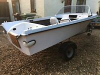Almost finished vintage speed boat & trailer just needs engine