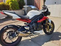 Triumph STREET TRIPLE R, ARROW CAN AND QUICK SHIFTER