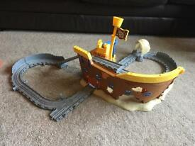 Thomas take n play Pirate boat plus extra track and trains