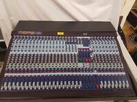 MIDAS venice 320 mixing desk