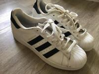 Superstars size 7 trainers