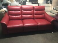 NEW - EX DISPLAY LAZYBOY GENEVA 3 SEATER LEATHER ELECTRIC RECLINER SOFA / SOFAS 70%Off RRP