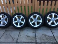 "🚙 4x 17"" Audi alloys and very good tyres"