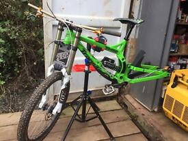 Transition TR450 downhill bike complete! Mint!
