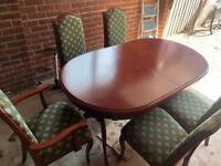 White & Newton Canadian Hardwood Table & 5 Chairs