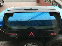 Citroen C2 boot lid. Upper and lower section. Dewipered.
