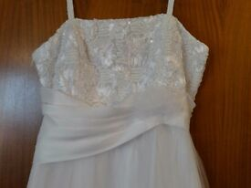 Plus size Stunning White Wedding Dress, has no train, chiffon type of overlay,flowered bodice,18-20