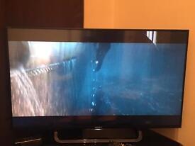 Sony 4K tv x83. 43 inch cracks in the screen