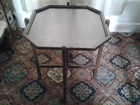 Card/Occasional table