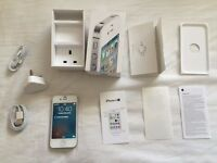 Boxed Apple iPhone 4s - 16GB - White - Unlocked to all networks
