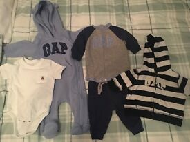 bundle of baby boys gap clothes