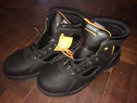 Brand new Parade Footwear Lightweight Metal Free Treyk Unisex Metal Safety Boots size 9 and boxed