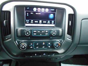 2016 Chevrolet Silverado 1500 LT w/1LT Saguenay Saguenay-Lac-Saint-Jean image 15