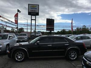2010 Chrysler 300 LIMITED, LEATHER SEATS SUNROOF CHROME WHEELS A