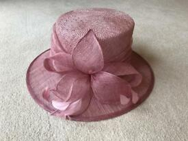 Ladies wedding/occasion hat