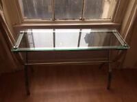 Table (desk)