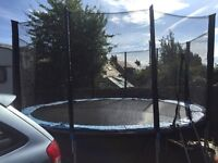 14ft Trampoline & Net - Great Condition - Great Christmas present