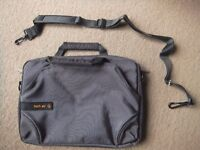 Tech Air Netbook / Labtop / Tablet Bag