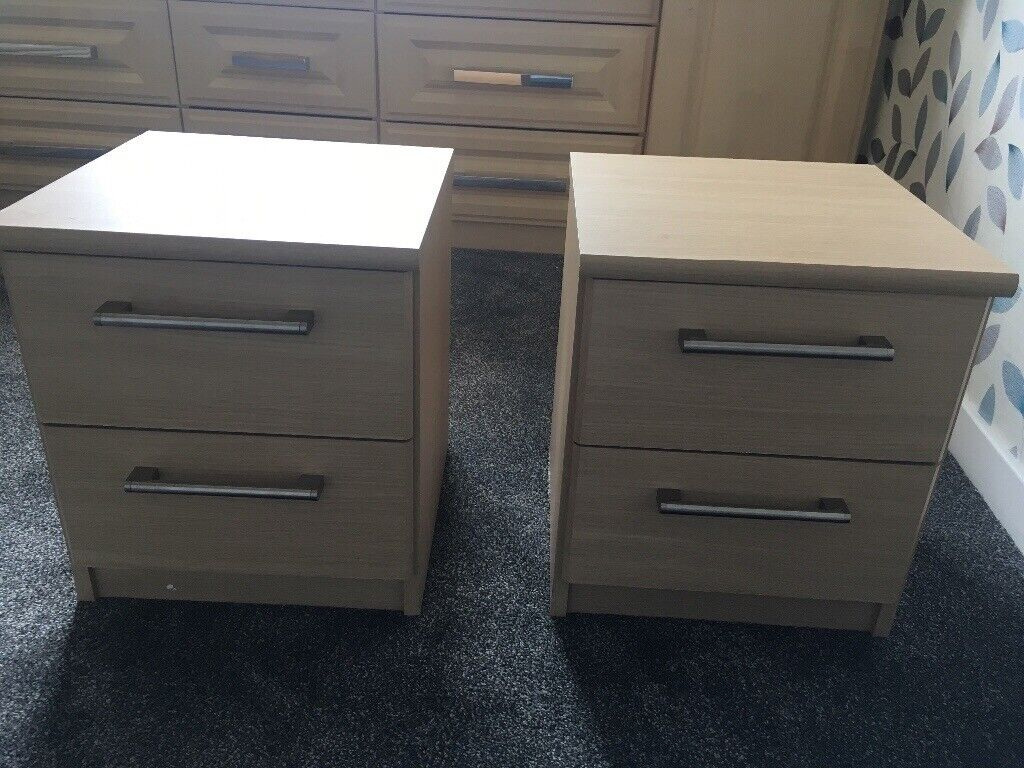 sale retailer c34a7 a31e9 £15! 2 matching bedside tables with drawers (barely used) | in Clydebank,  West Dunbartonshire | Gumtree