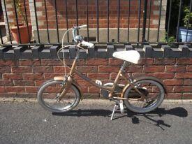 Bike / BSA Girls Bike