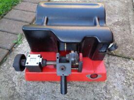 RST FORD TIBBE locksmith KEY CUTTING MACHINE