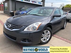 2012 Nissan Altima SL ***SUNROOF & HEATED SEATS**