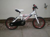 NEW 14INCH UNISEX BIKE WITH STABILISERS