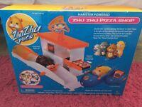 zuh zuh pets pizza shop