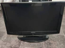 Refurbished Samsung 32 inch HD LCD TV + FREE DELIVERY