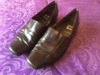 Brown ladies shoes German made excellent condition size 5